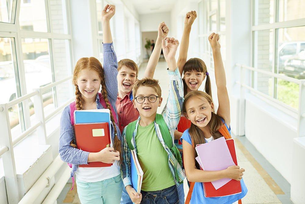 kids in hallway